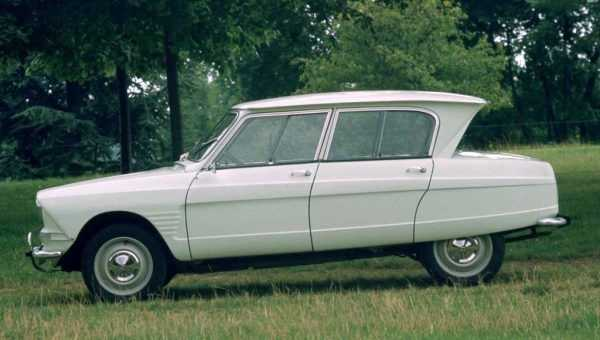 Top 10 Ugliest Cars Ever Made